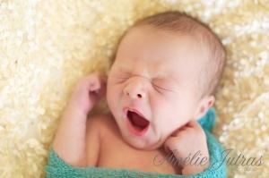 Vie de papa: Eliot - un bébé qui dort toute la journée... - vidéo